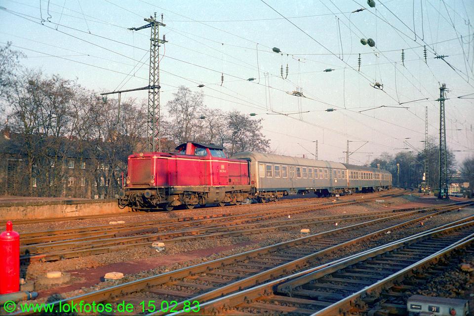 http://www.lokfotos.de/fotos/1983/0215/01840.jpg