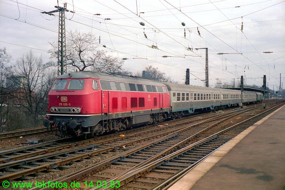 http://www.lokfotos.de/fotos/1983/0314/01870.jpg