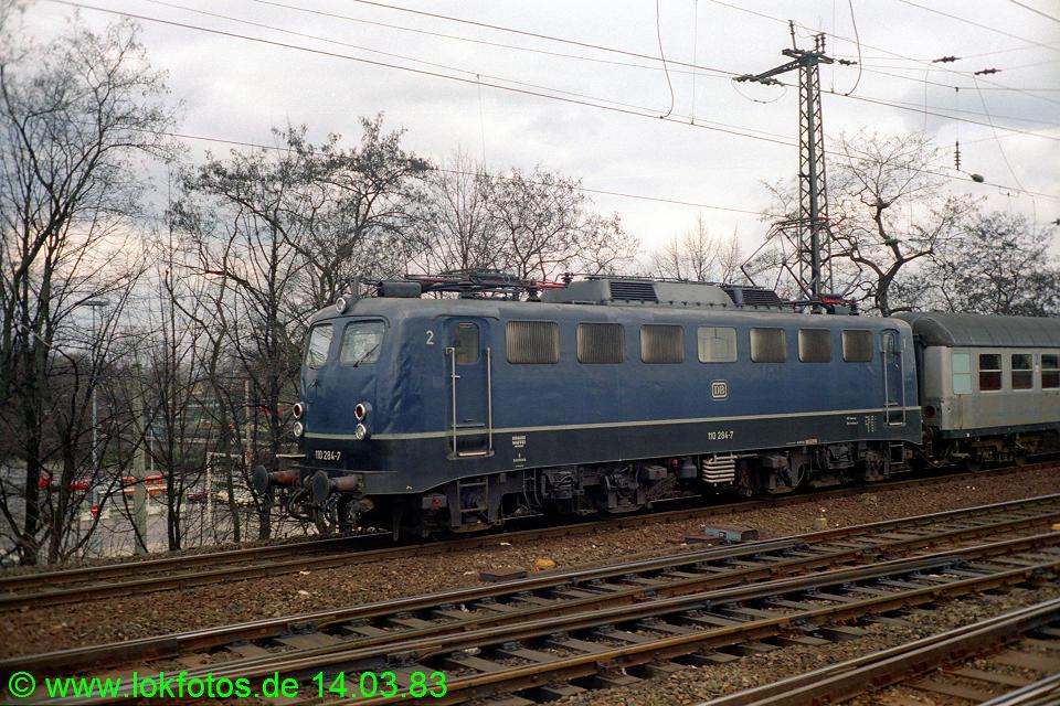 http://www.lokfotos.de/fotos/1983/0314/01879.jpg
