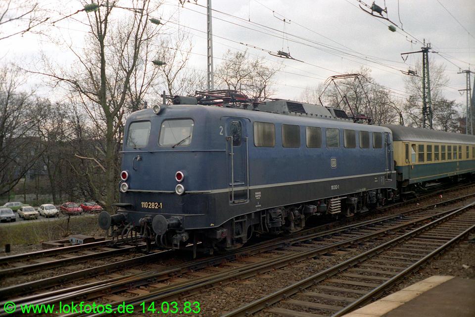 http://www.lokfotos.de/fotos/1983/0314/01880.jpg