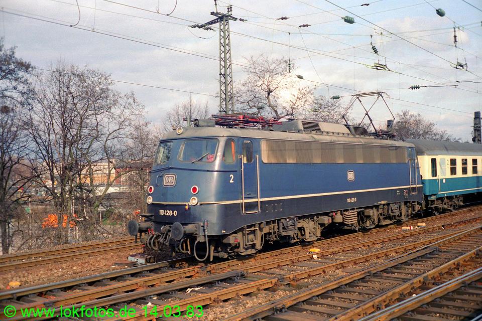 http://www.lokfotos.de/fotos/1983/0314/01890.jpg