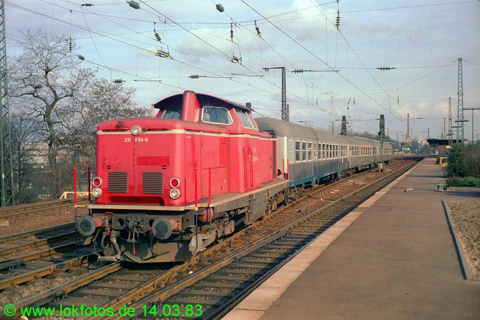 http://www.lokfotos.de/fotos/1983/0314/01892.jpg