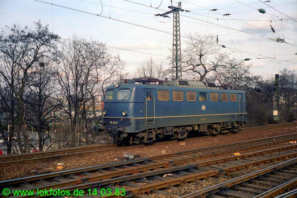 http://www.lokfotos.de/fotos/1983/0314/01894.jpg
