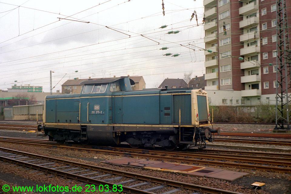 http://www.lokfotos.de/fotos/1983/0323/01946.jpg