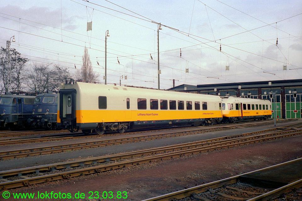 http://www.lokfotos.de/fotos/1983/0323/01949.jpg