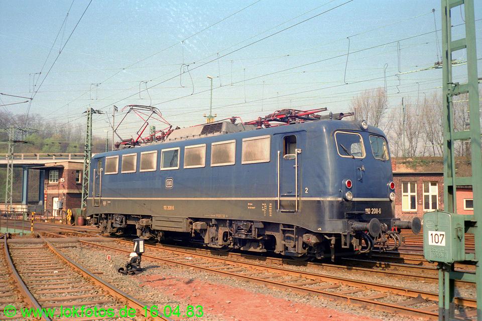 http://www.lokfotos.de/fotos/1983/0416/01968.jpg