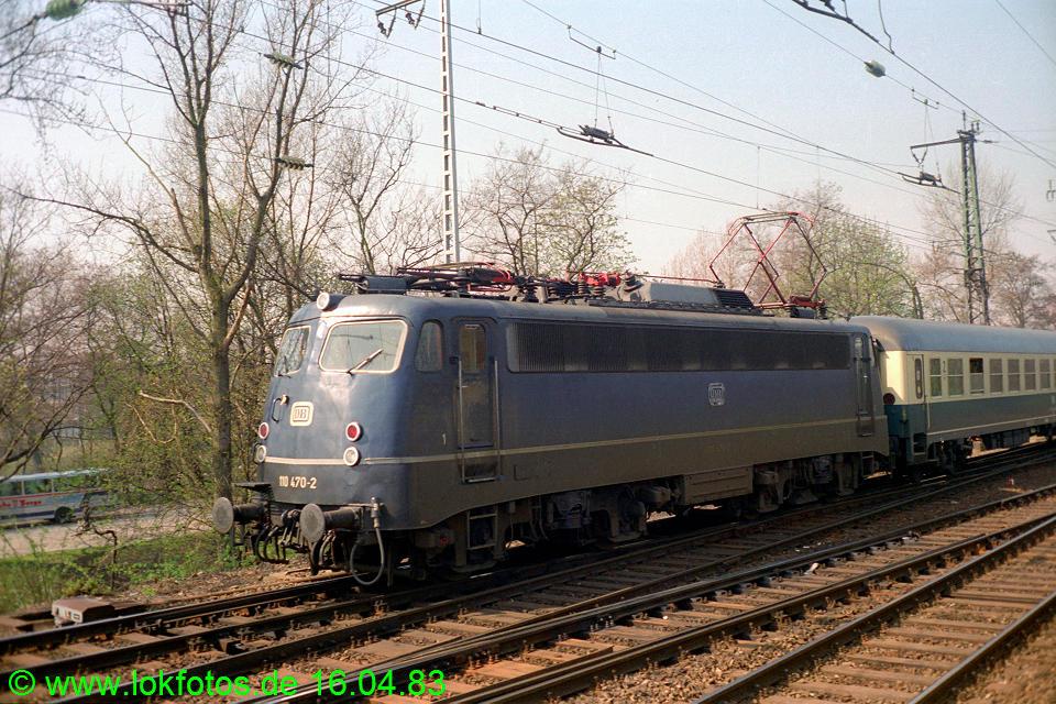 http://www.lokfotos.de/fotos/1983/0416/01971.jpg