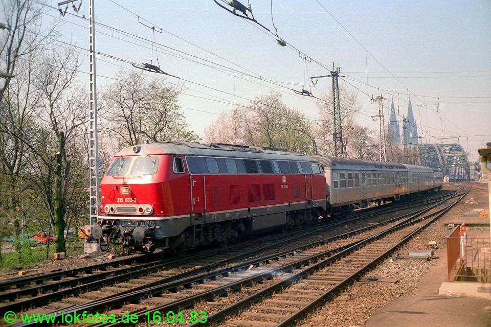 http://www.lokfotos.de/fotos/1983/0416/01973.jpg