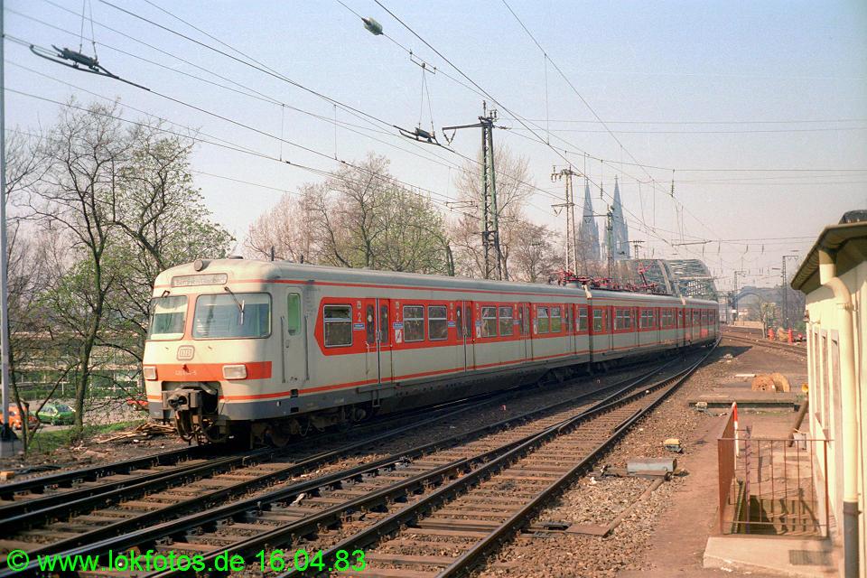 http://www.lokfotos.de/fotos/1983/0416/01976.jpg