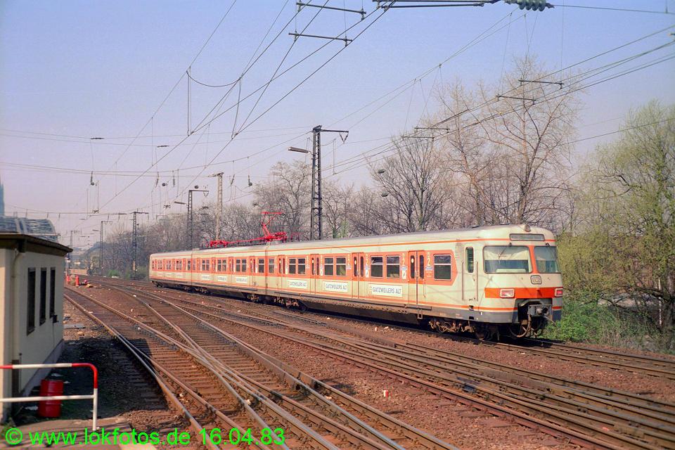 http://www.lokfotos.de/fotos/1983/0416/01980.jpg