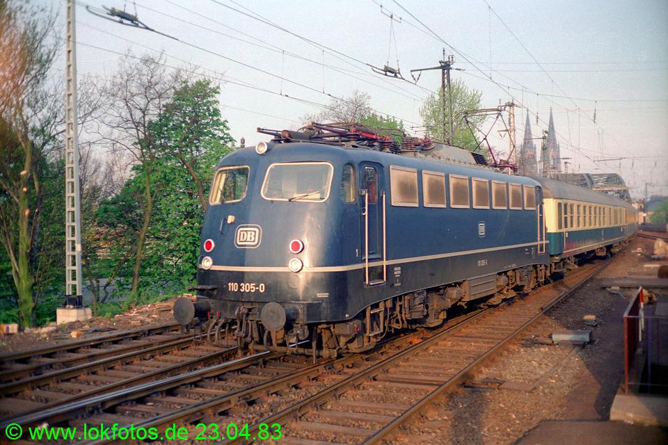 http://www.lokfotos.de/fotos/1983/0423/01994.jpg