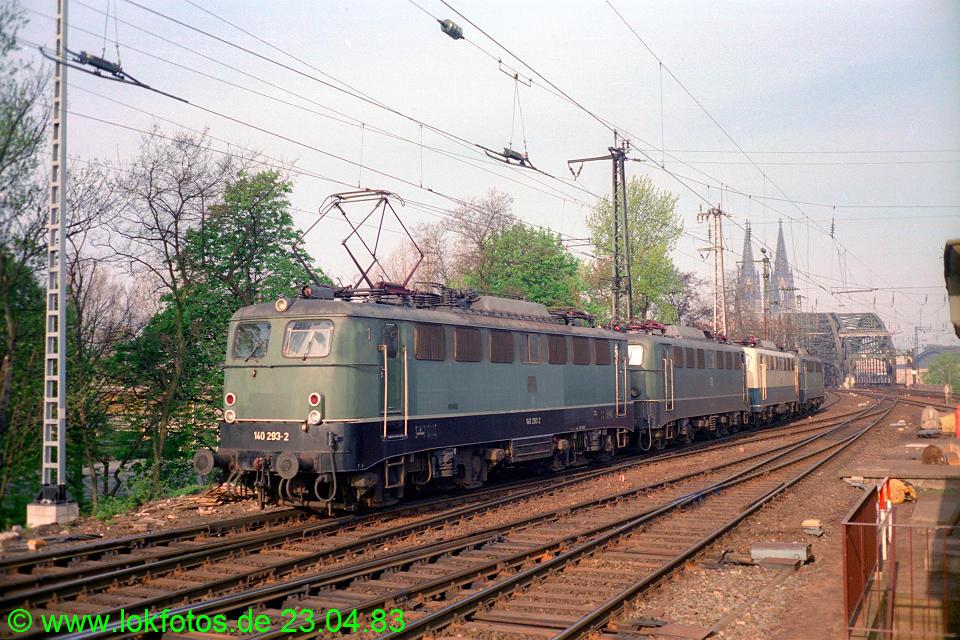 http://www.lokfotos.de/fotos/1983/0423/02005.jpg