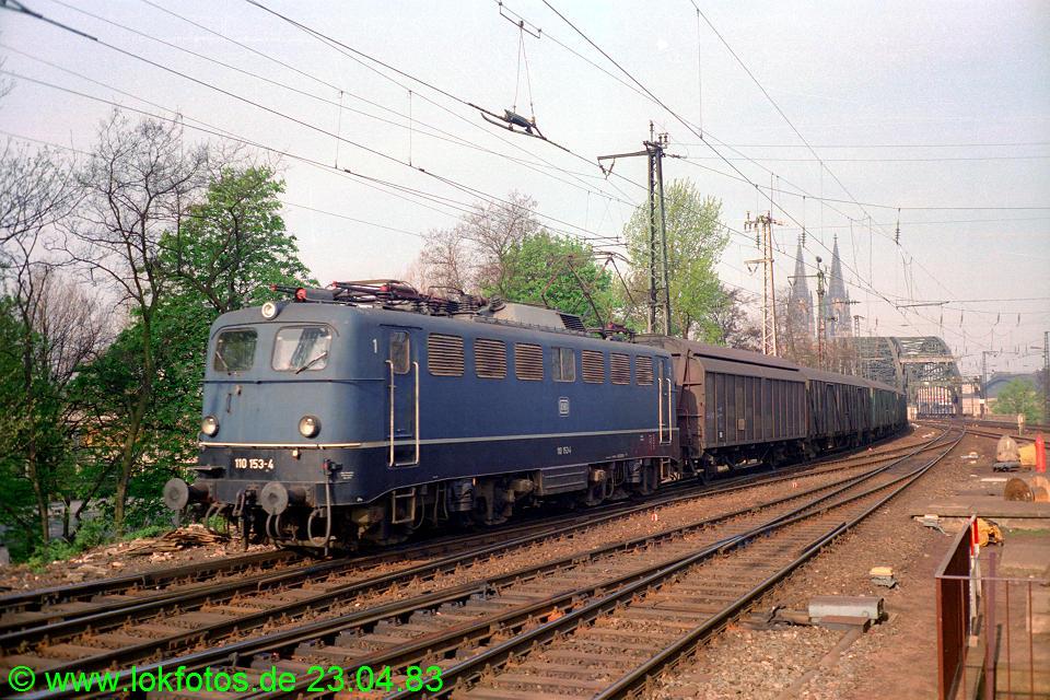http://www.lokfotos.de/fotos/1983/0423/02006.jpg