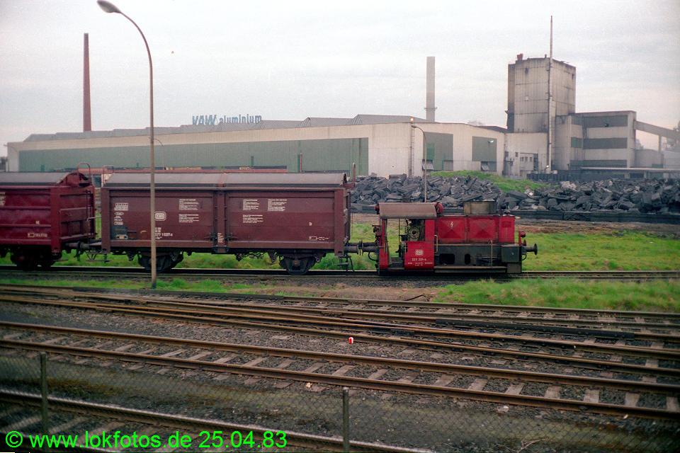 http://www.lokfotos.de/fotos/1983/0425/02016.jpg