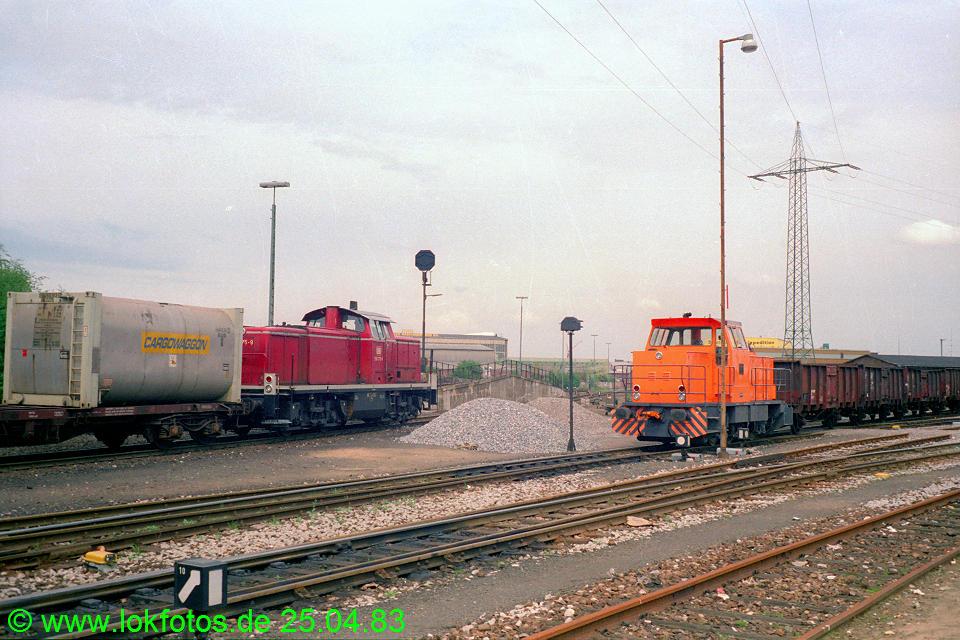 http://www.lokfotos.de/fotos/1983/0425/02020.jpg