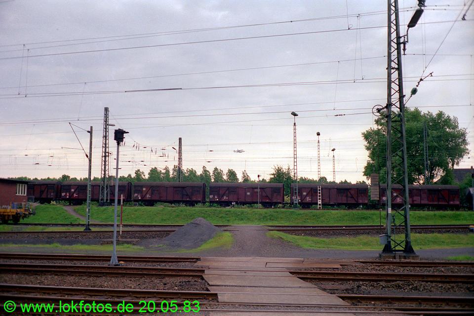 http://www.lokfotos.de/fotos/1983/0520/02077.jpg