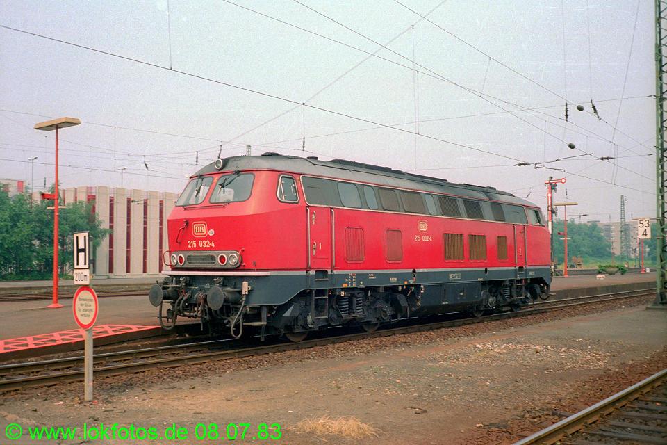 http://www.lokfotos.de/fotos/1983/0708/02224.jpg