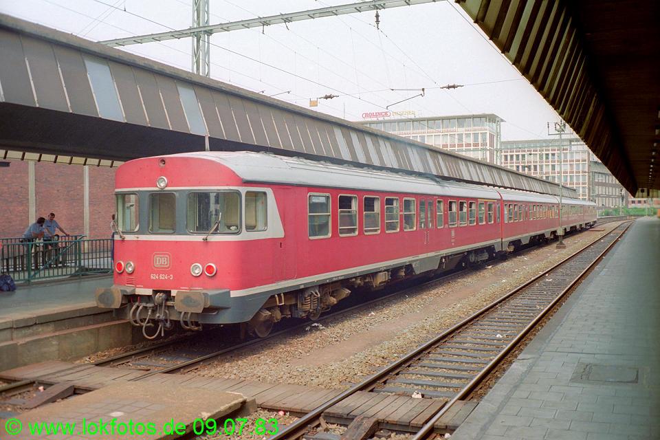 http://www.lokfotos.de/fotos/1983/0709/02249.jpg