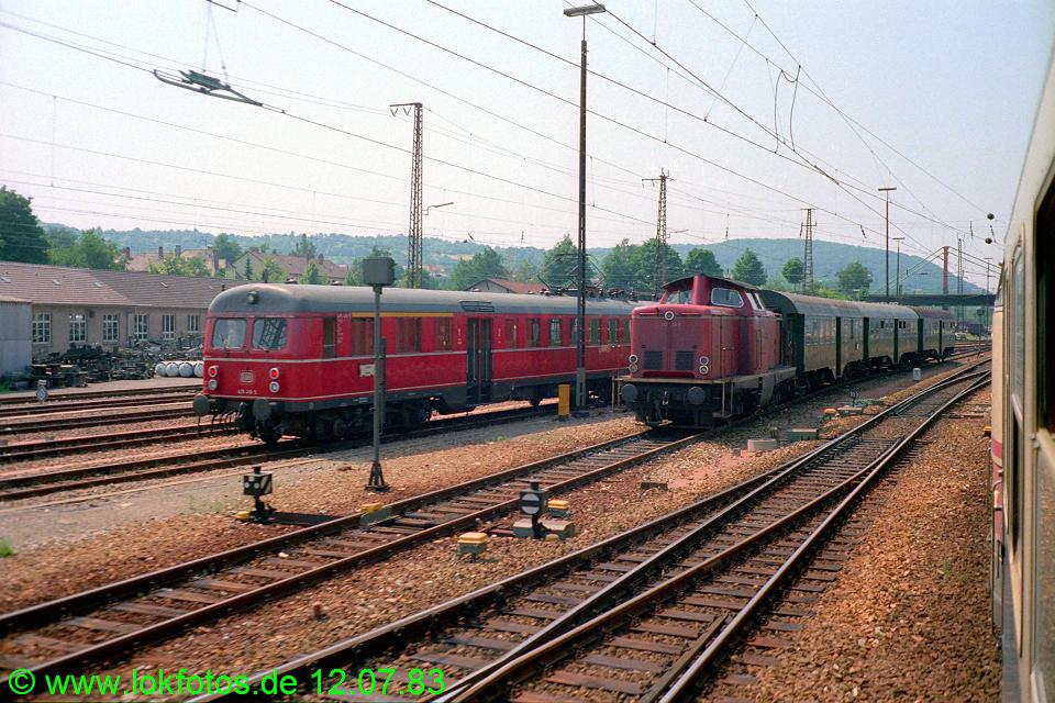 http://www.lokfotos.de/fotos/1983/0712/02320.jpg