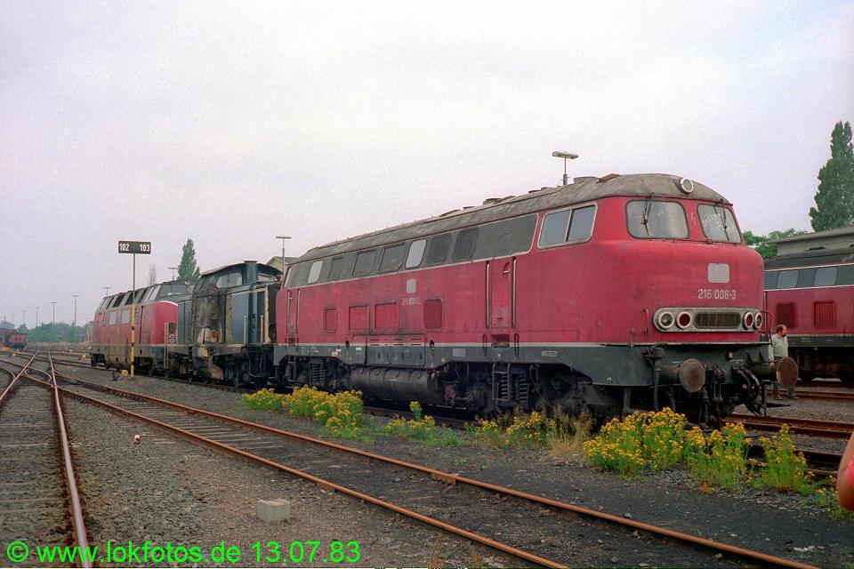 http://www.lokfotos.de/fotos/1983/0713/02386.jpg