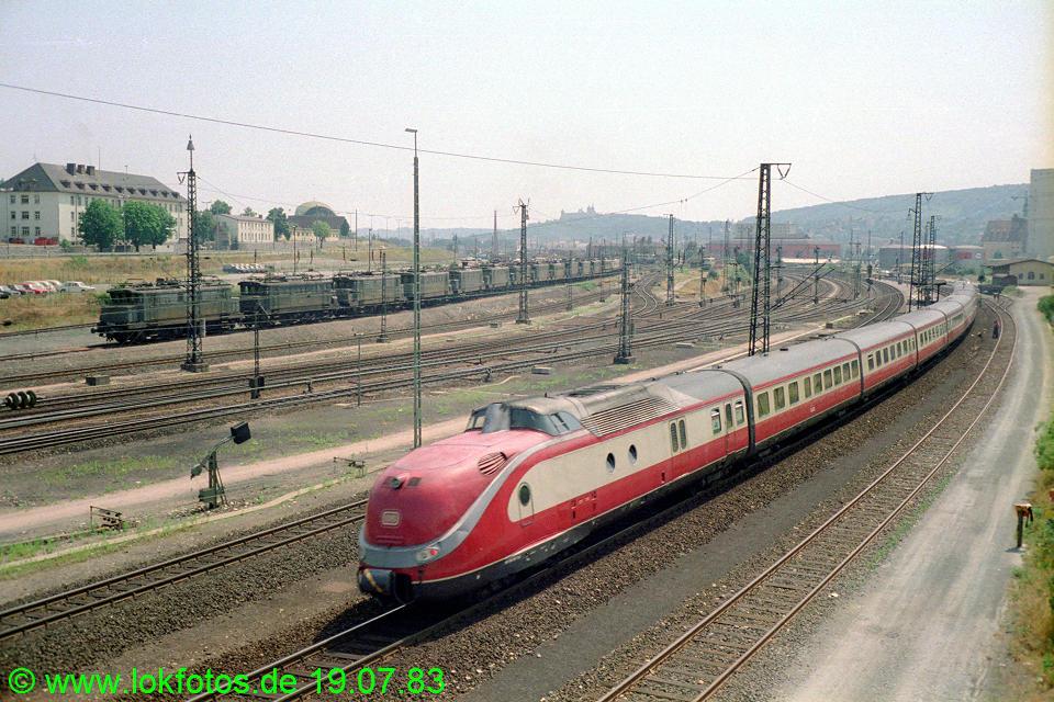 http://www.lokfotos.de/fotos/1983/0719/02525.jpg