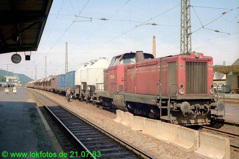 http://www.lokfotos.de/fotos/1983/0721/02651.jpg