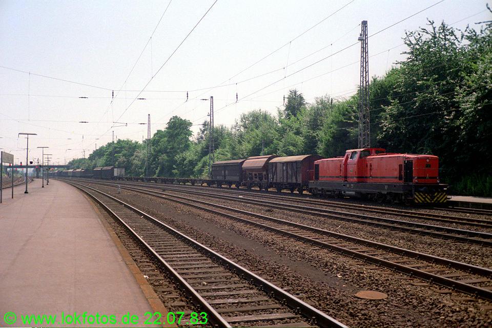 http://www.lokfotos.de/fotos/1983/0722/02724.jpg