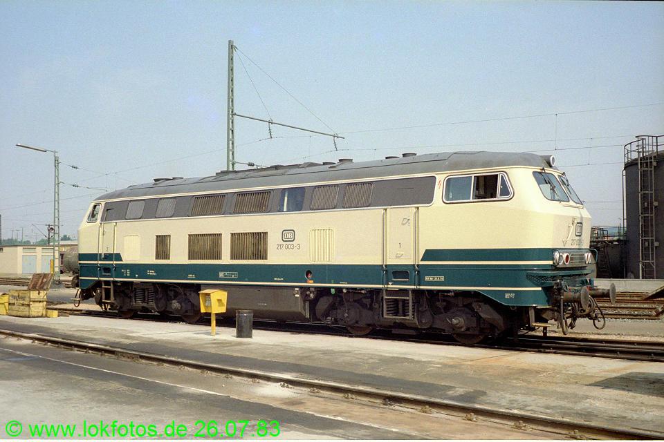 http://www.lokfotos.de/fotos/1983/0726/02732.jpg