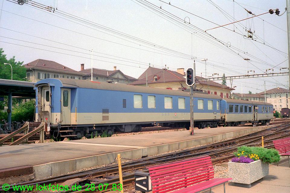 http://www.lokfotos.de/fotos/1983/0728/02790.jpg