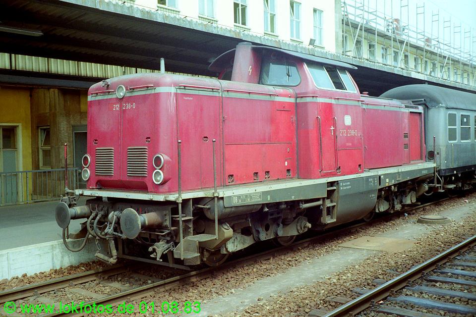 http://www.lokfotos.de/fotos/1983/0801/02823.jpg