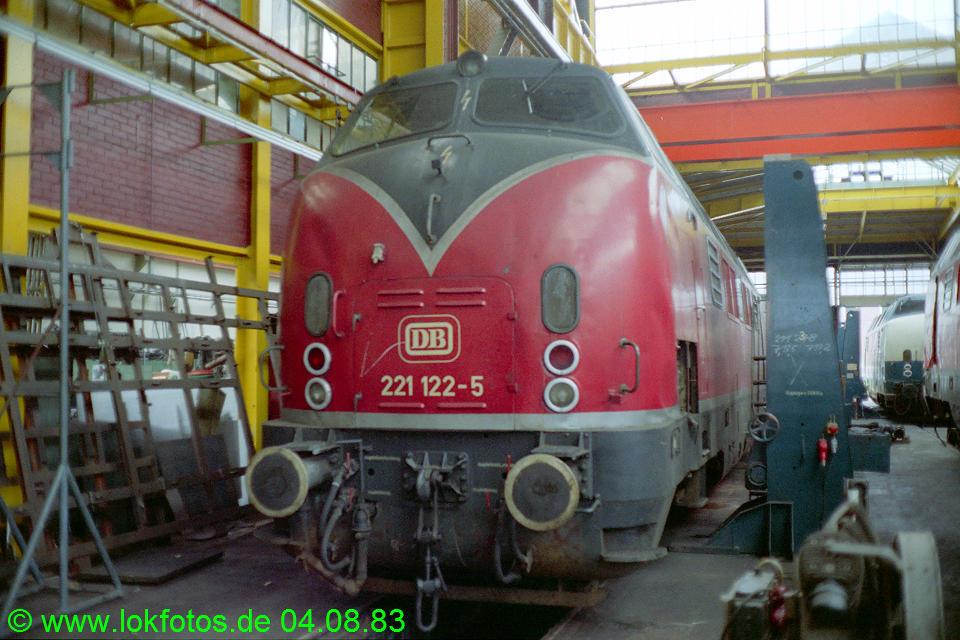 http://www.lokfotos.de/fotos/1983/0804/02970.jpg