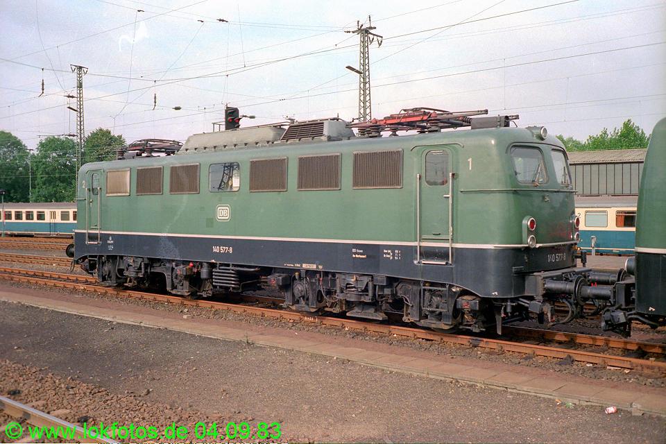 http://www.lokfotos.de/fotos/1983/0904/03014.jpg