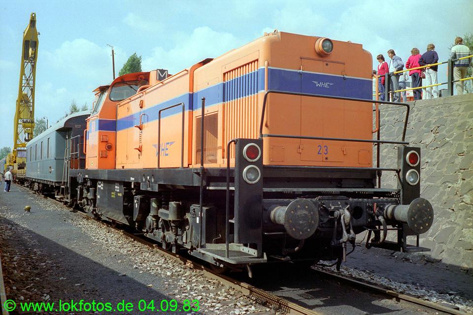 http://www.lokfotos.de/fotos/1983/0904/03018.jpg