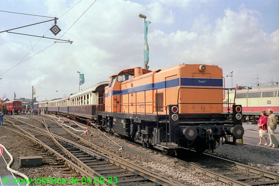 http://www.lokfotos.de/fotos/1983/0904/03051.jpg
