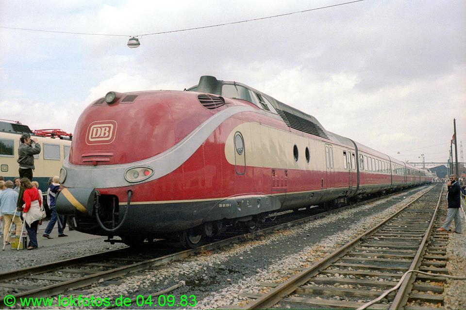 http://www.lokfotos.de/fotos/1983/0904/03055.jpg