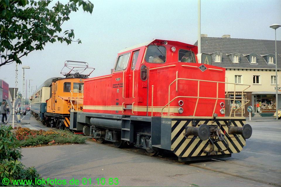 http://www.lokfotos.de/fotos/1983/1001/03064.jpg
