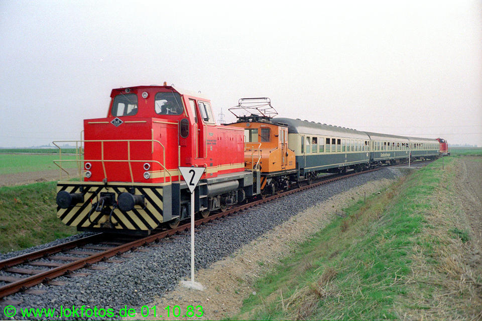 http://www.lokfotos.de/fotos/1983/1001/03070.jpg