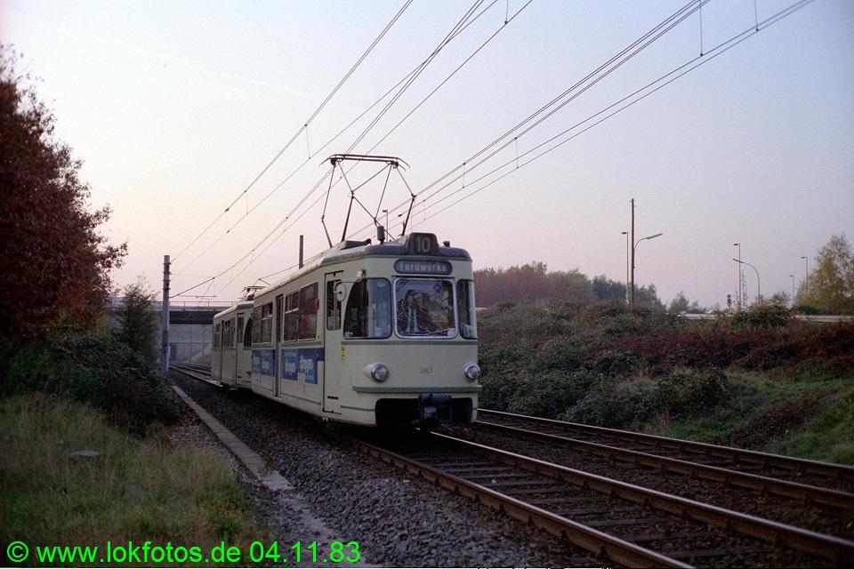 http://www.lokfotos.de/fotos/1983/1104/03121.jpg