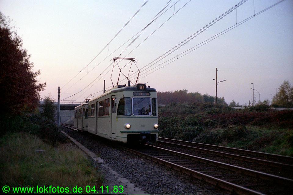 http://www.lokfotos.de/fotos/1983/1104/03125.jpg