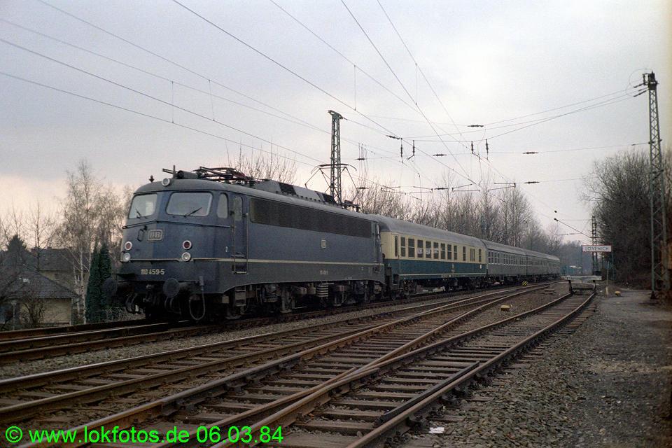 http://www.lokfotos.de/fotos/1984/0306/03227.jpg