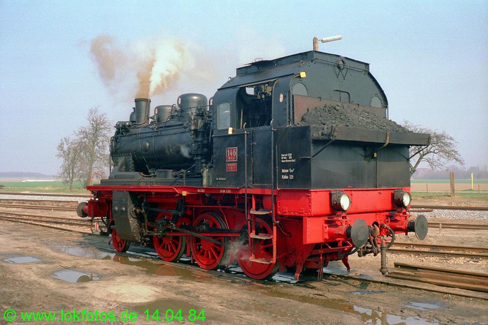 http://www.lokfotos.de/fotos/1984/0414/03275.jpg