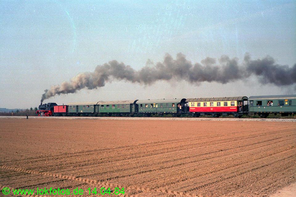 http://www.lokfotos.de/fotos/1984/0414/03282.jpg