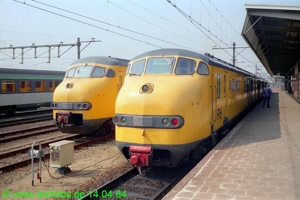 http://www.lokfotos.de/fotos/1984/0414/03292.jpg