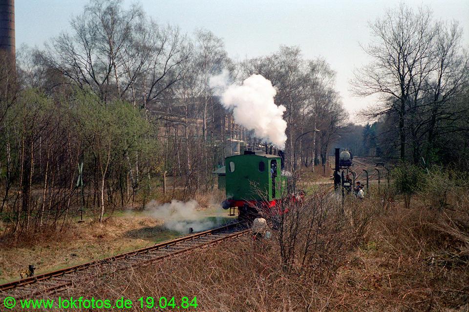 http://www.lokfotos.de/fotos/1984/0419/03307.jpg