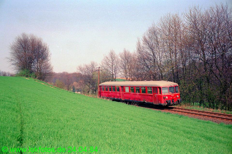 http://www.lokfotos.de/fotos/1984/0424/03348.jpg