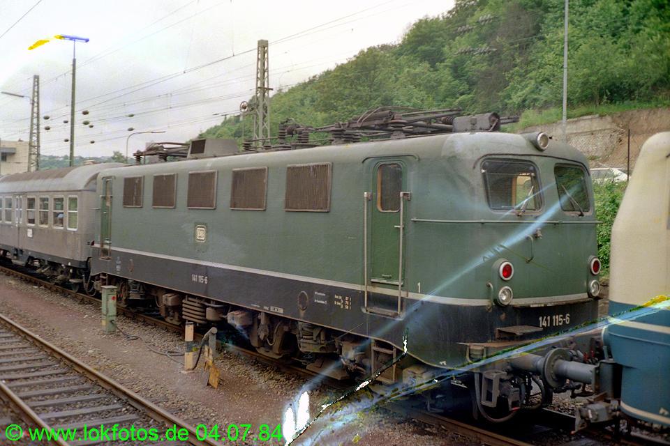 http://www.lokfotos.de/fotos/1984/0704/03485.jpg