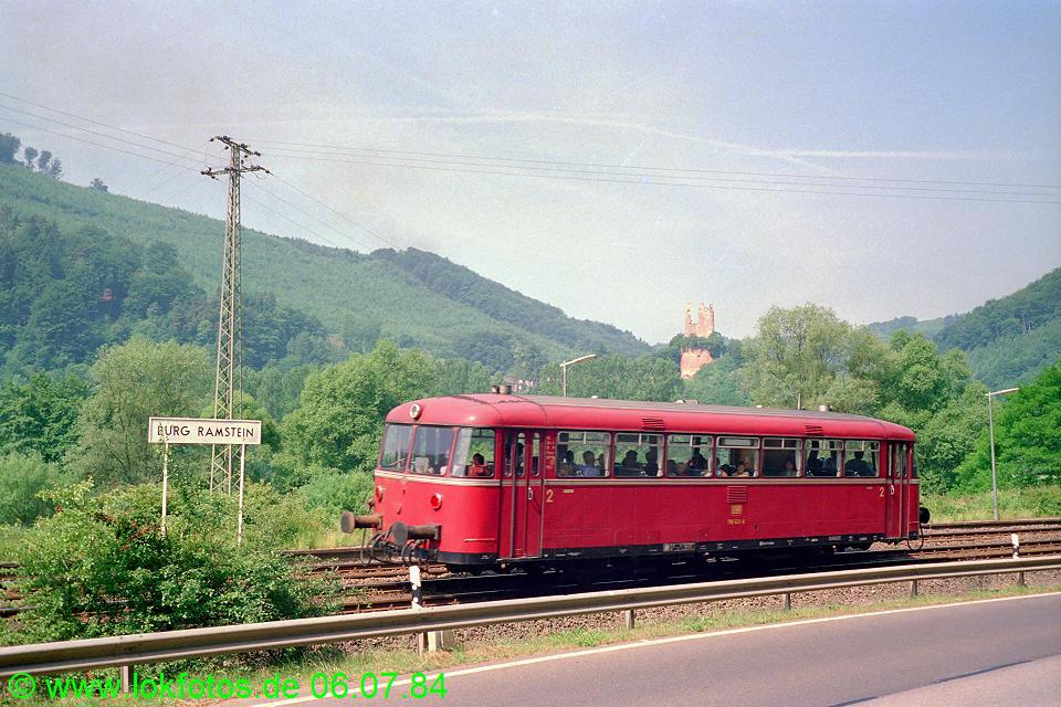 http://www.lokfotos.de/fotos/1984/0706/03528.jpg