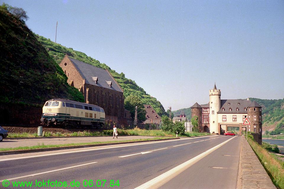 http://www.lokfotos.de/fotos/1984/0706/03538.jpg