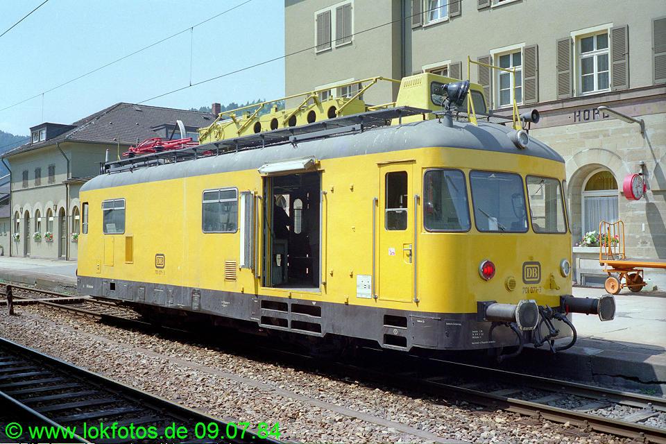 http://www.lokfotos.de/fotos/1984/0709/03566.jpg