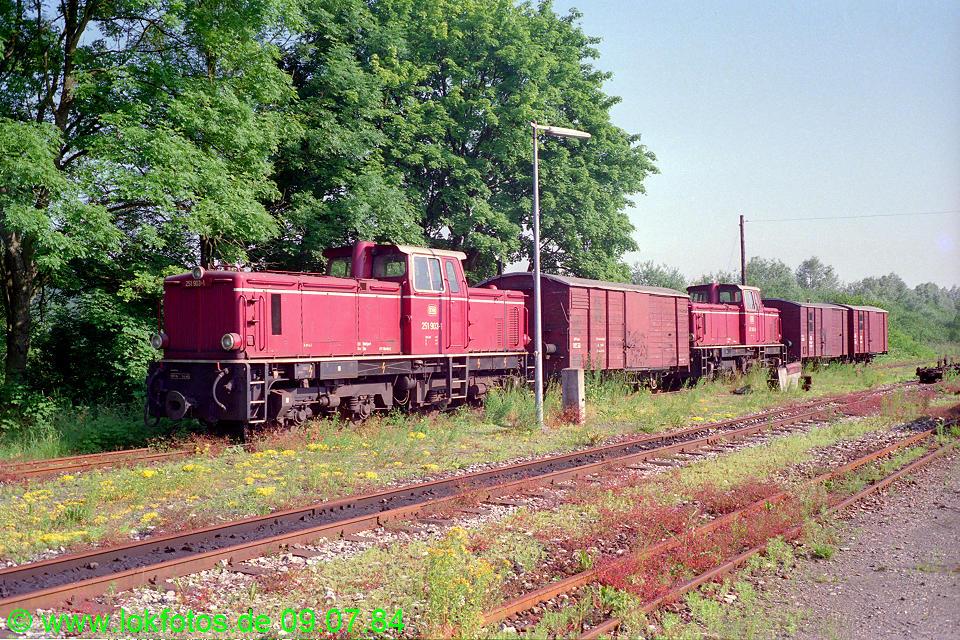 http://www.lokfotos.de/fotos/1984/0709/03572.jpg